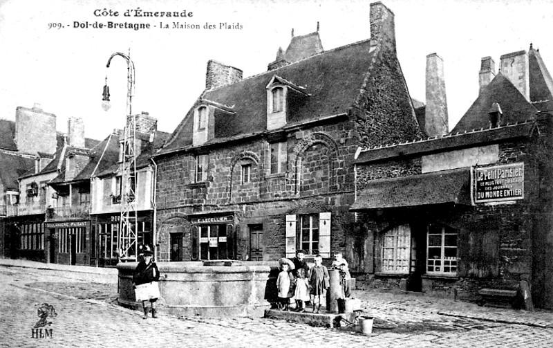 Dol de bretagne histoire patrimoine noblesse commune - Piscine a dol de bretagne ...