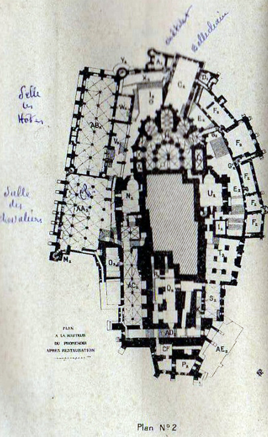 Mont saint michel son histoire et une visite de la ville for Mont saint michel interieur