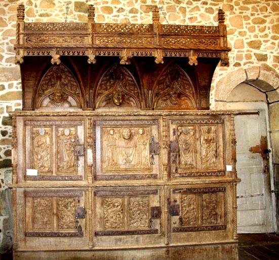 La chapelle saint gonry de plougrescant bretagne for Meuble porte de la chapelle
